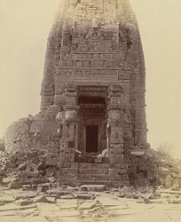 Close view of front entrance to the Gadarmal Temple, Pathari, Bhopal State.